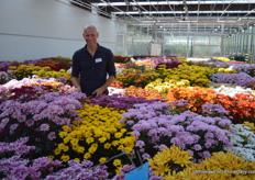 Mark Boeder, managing director, proudly presenting the new varieties