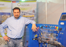 Aldo Maggion of Techmek with the PaperPot machine.