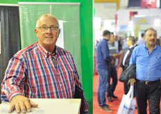 Henk Mooij of SPX Johnsson Pump was visiting the show.