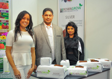 Chamila Lopez of Browncoir with Browncoir's hostesses.