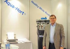 Aksel de Lasson of AquaHort has sold more than 900 Aquahort machines! Learn more about his machine here : www.hortidaily.com/article/12586/Aqua-Hort-installation-improved-our-crop-quality