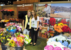 The lovely Maryanne Layne and Pilar Galvis of Fantasy Farms, fresh cut flower grower and distributour.